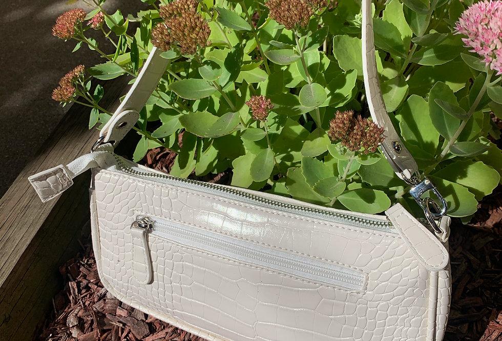 Le Perle Shoulder Handbag