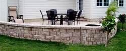 PATIO WALL PIT NTRS XING