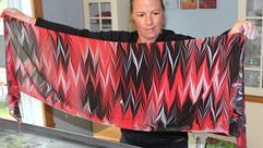 Foulard rouge et noir