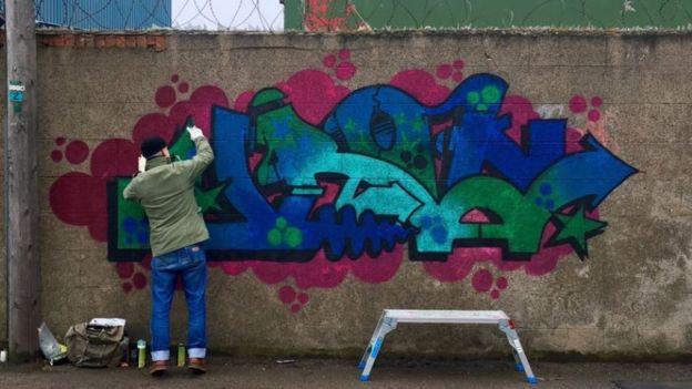 spray art, graffitti, urban art