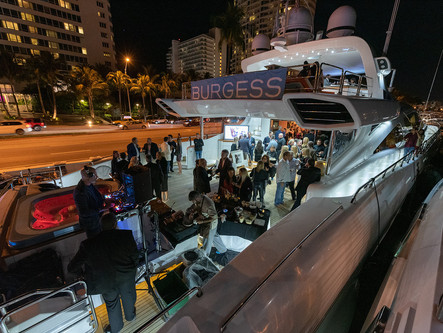 Gallery 211 Benefitting YachtAid Global At Fontainebleau Marina