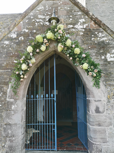church semi arch.png