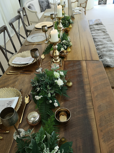 table  detail gold.png