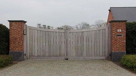 Houten poort Benolux