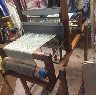 Schalwebstuhl mit Leinenkette