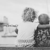 Wie du mit Streit unter Geschwistern umgehen kannst und entspannt bleibst