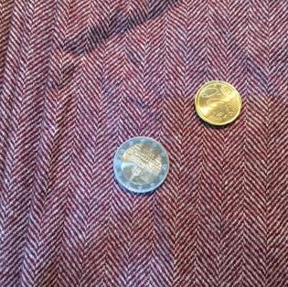 Wolle Fischgrat 150 cm breit ca. 450 Gramm 28€ FGLW220565