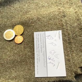 Rest grün Wolle 190x150 1000gramm 68€