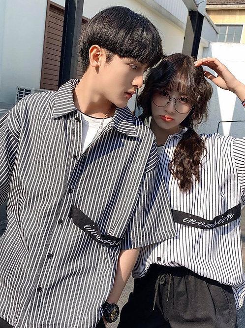 โอปป้าคูลๆ แบบหนุ่มเกาหลีกับเสื้อเชิ้ตแขนสั้นลายทาง สายดำคาดกระเป๋าแบบเทส์ Raini