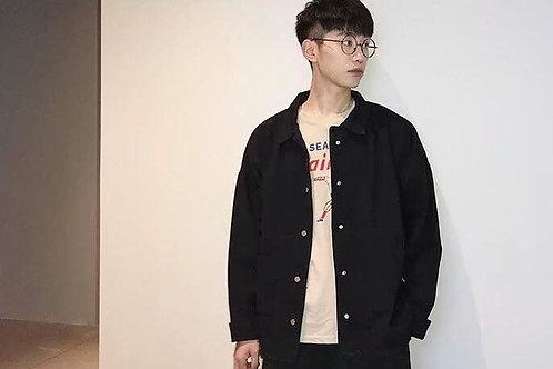 เสื้อแจ๊คเก๊ตยีนงานโอเวอร์ไซร์ กระดุมเป็นกิ๊บลอคตัดชายเสื้อแบบเซอร์ๆ
