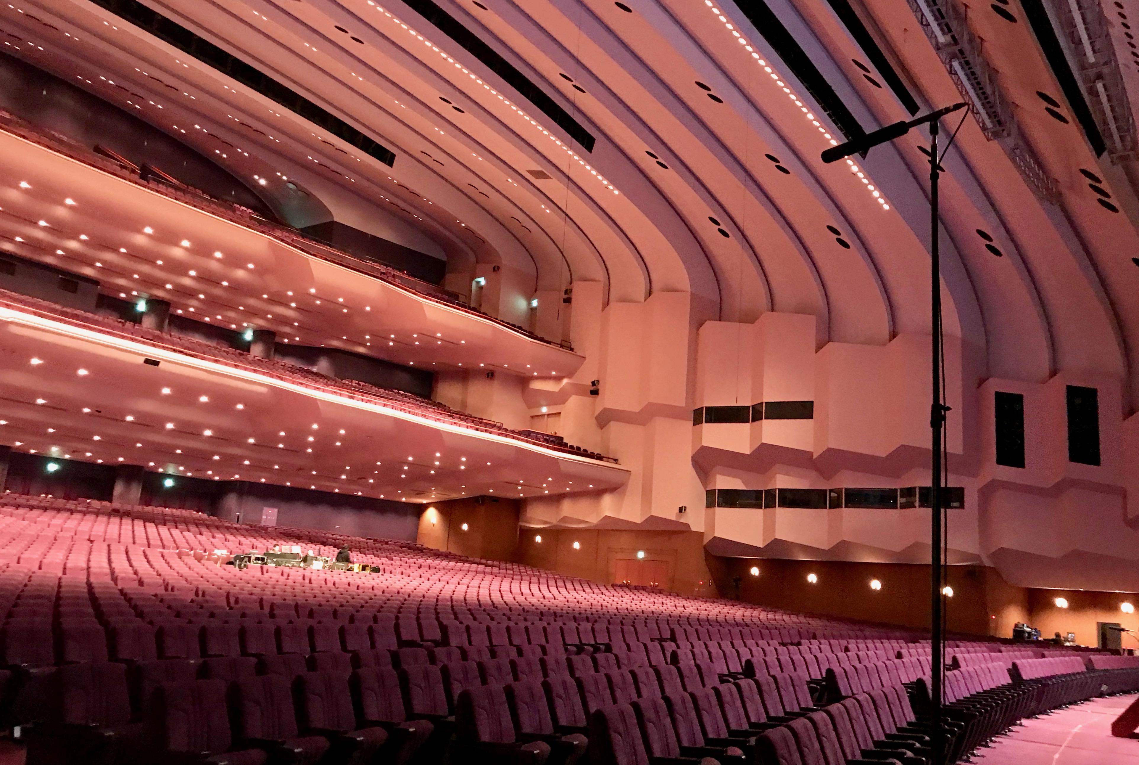 国立大ホール パシフィコ横浜