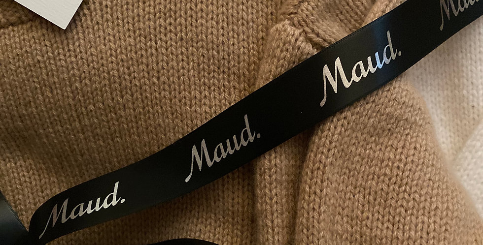 Luxurious 6PLY Handknitted Cashmere Sweater for Maud by English Weather