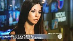 N Betty Gonzalez on Noticiero Univis