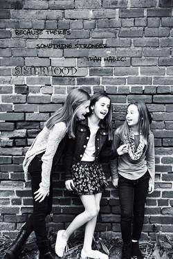Deters girls