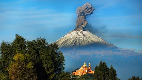 Volcan Erupcion.jpg