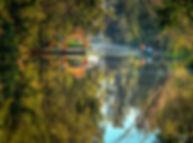 Trajinera_Xochimilco.jpg
