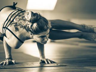 FAÇA VOCÊ MESMO - 30 maneiras de cuidar do corpo, da mente e da alma