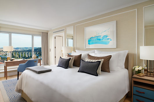 CorinthiaLisbon_Maritime_Suite_Bedroom_1A_2019.jpg