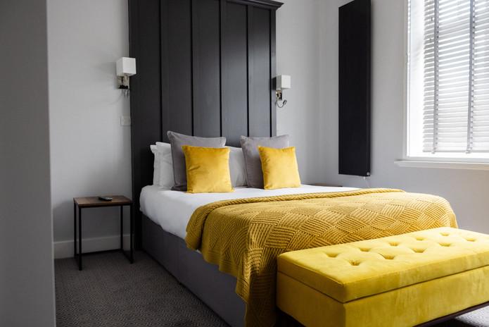 Room 4 Standard King 1.jpg