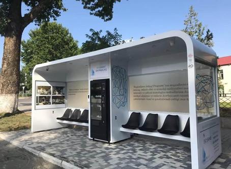 Azərbaycanda  pulsuz Wi-Fi və mini barı olan dayanacaq quraşdırılıb