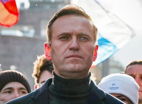 Rusiyada Aleksey Navalniyə sui-qəsd olub