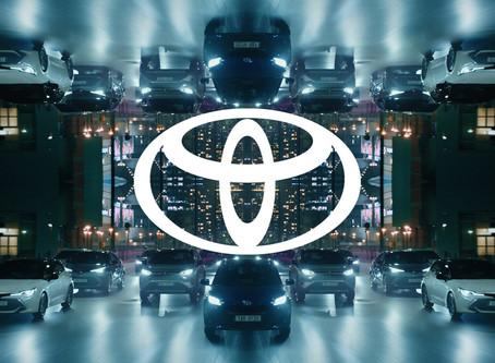 """""""Toyota"""" brend logosunu dəyişdi"""