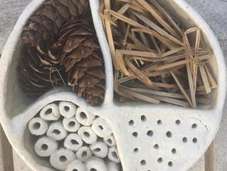 Ateliers creation de nichoirs et hôtels à insectes pour l'ecomusée d'Usson-en-Forez