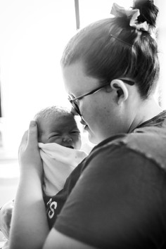 Mum-enjoying-the-newborn-baby-smell-Perth-Fresh-48-Photography