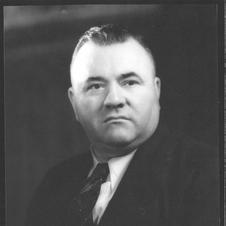 Luther Loftis