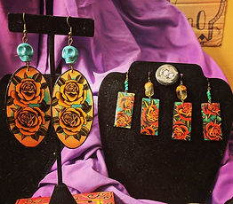 These rose tattoo earrings come out stun