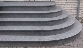 Nero Imapala Treppenanlage gerundet