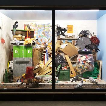 Mark Dion, Paris Streetscape, 2017, Installation View, Palais de Tokyo