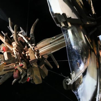 Jakub Nepras, Transmitter 2012, videosculpture with sound, plexiglass,  wood, found objects on the seashore, 230x220x300cm, 8 min/loop