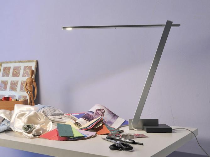 Nastrino LED Desk Light