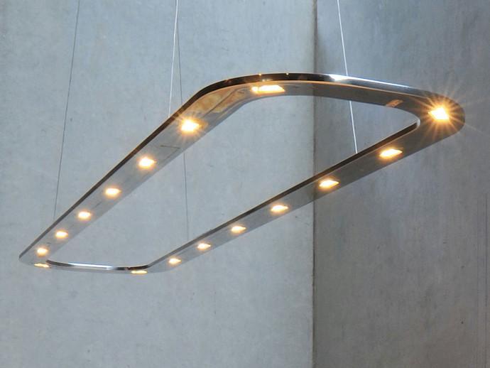 Piani Lungo 140 Oval Aluminium LED Pendant