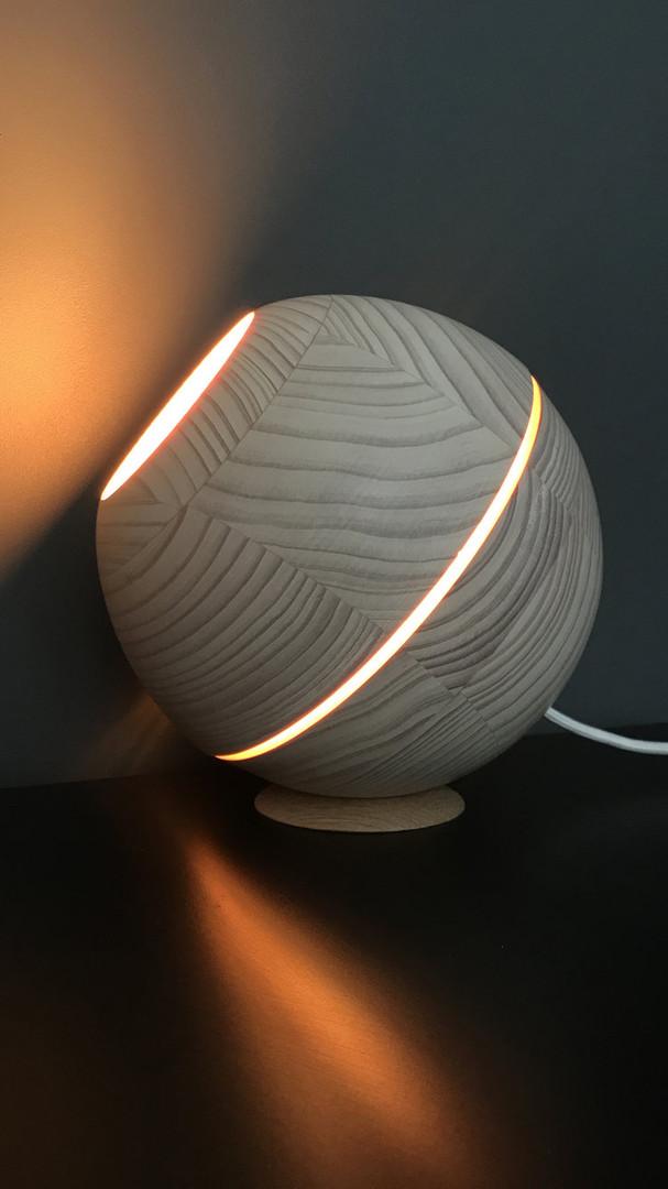 Saturn Natural Wood Sphere Table Light