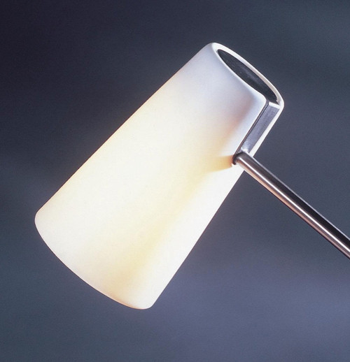 Matthew Hilton iO Desk Light Porcelain Shade