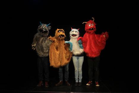 Hamlet Monstruo Grupo 3.jpg