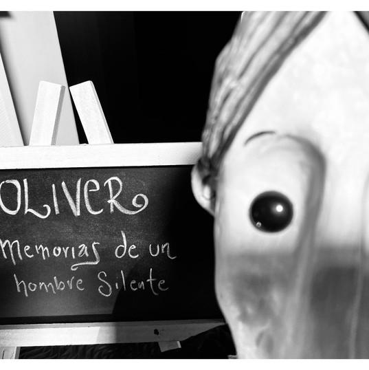 OLIVER MEMORIAS DE UN HOMBRE SILENTE