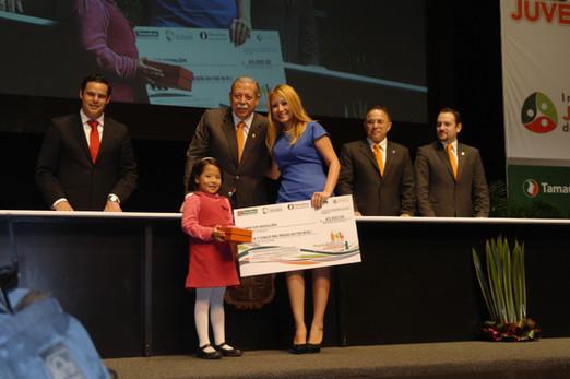 Jazmín's wins the Youth Award of Tamaulipas for her entrepreneurial spirit