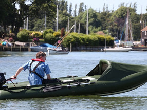 Spearfish inflatable dinghy motoring