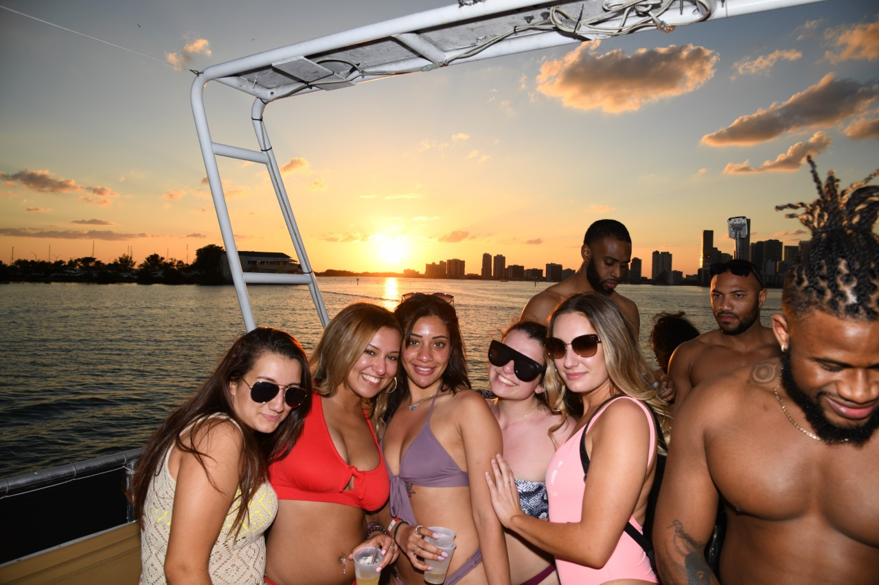 Hip Hop Party Boat Miami.jpg