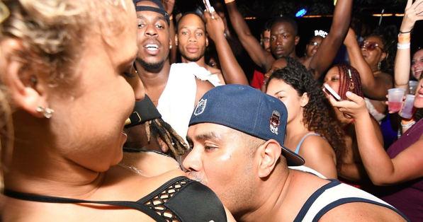 Miami Booze Cruise | Drinking Games- Miami Turn Up Entertainment