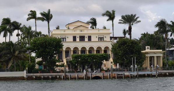 Miami Booze Cruise | Miami Mansions- Miami Turn Up