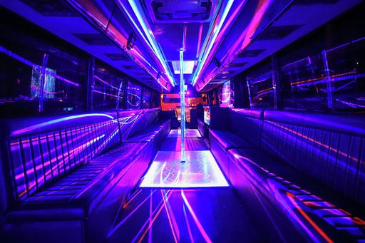 Miami Booze Cruise | Party Bus- Miami Turn Up Entertainment