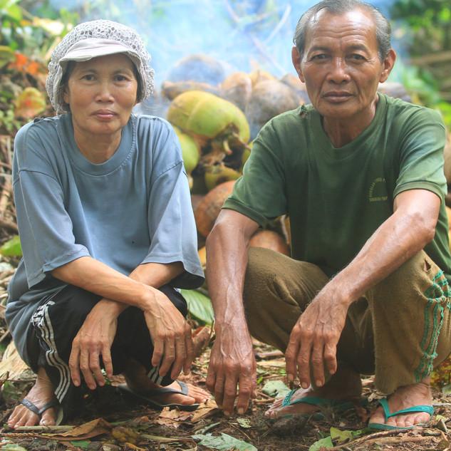 Hinako Locals work the Kopra