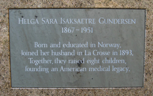 Commemorative plaque to Helga Gundersen, Gundersen Clinic, La Crosse, WI