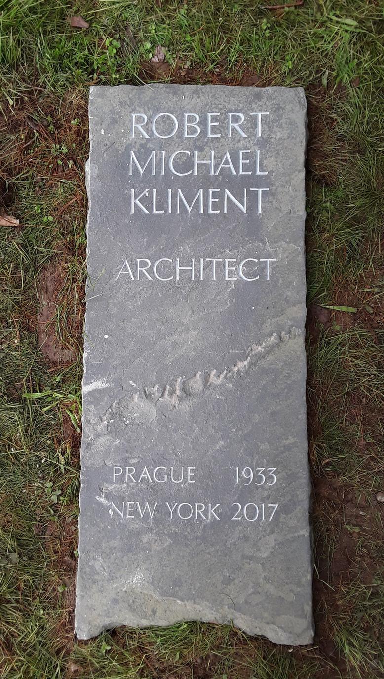 Artist Cemetery marker