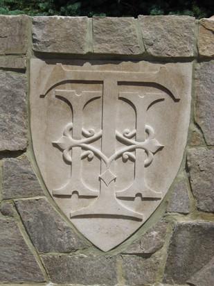 The Thayer Hotel Logo