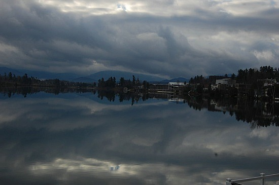 8_1259185377_town-of-lake-placid-and-mirror-lake.jpg